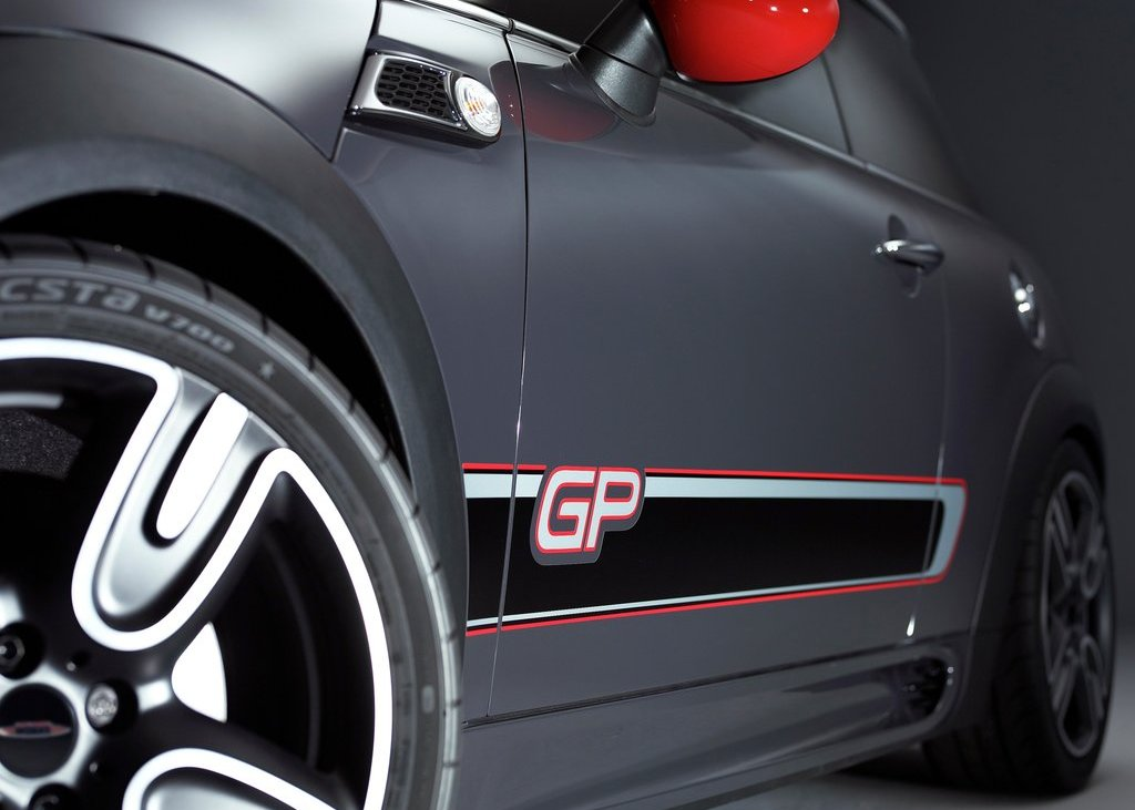 2013 Mini John Cooper Works GP Side Body (Photo 11 of 12)