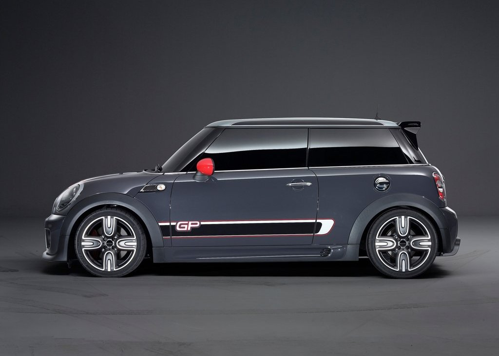 2013 Mini John Cooper Works GP Side (Photo 10 of 12)