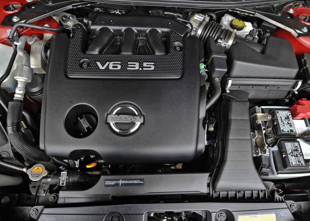 2013 Nissan Altima Sedan Engine (Photo 3 of 13)