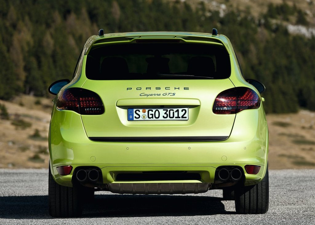 2013 Porsche Cayenne GTS Rear (Photo 6 of 9)