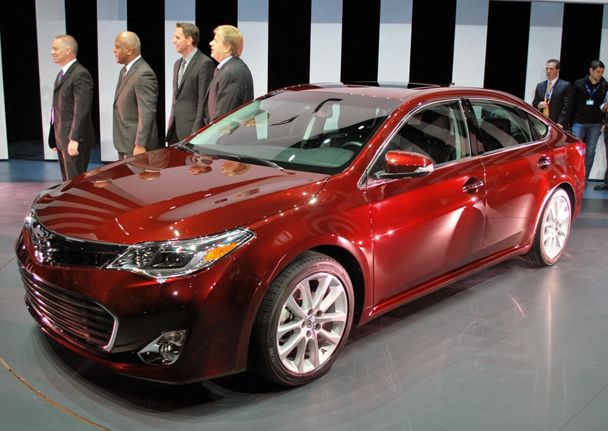 2013 Toyota Avalon At 2012 New York Auto Show (Photo 2 of 12)
