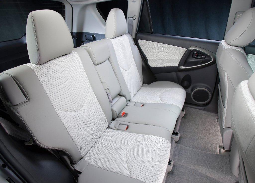 2013 Toyota RAV4 EV Back Seat (View 2 of 21)