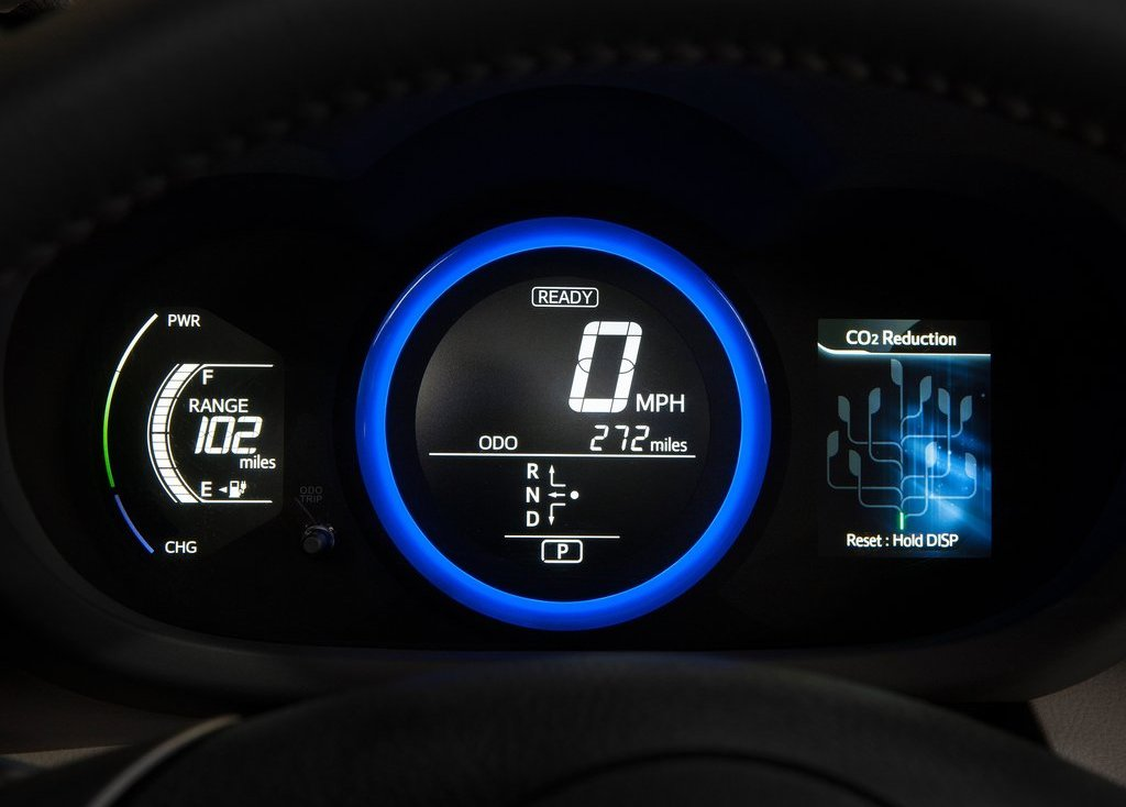 2013 Toyota RAV4 EV Feature (Photo 7 of 21)