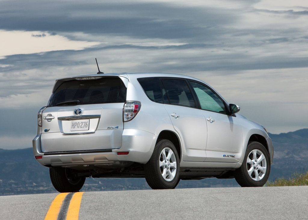 2013 Toyota RAV4 EV Rear Angle (Photo 15 of 21)
