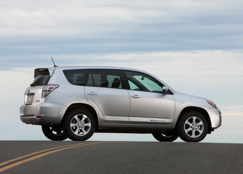 2013 Toyota RAV4 EV Right Side (Photo 16 of 21)