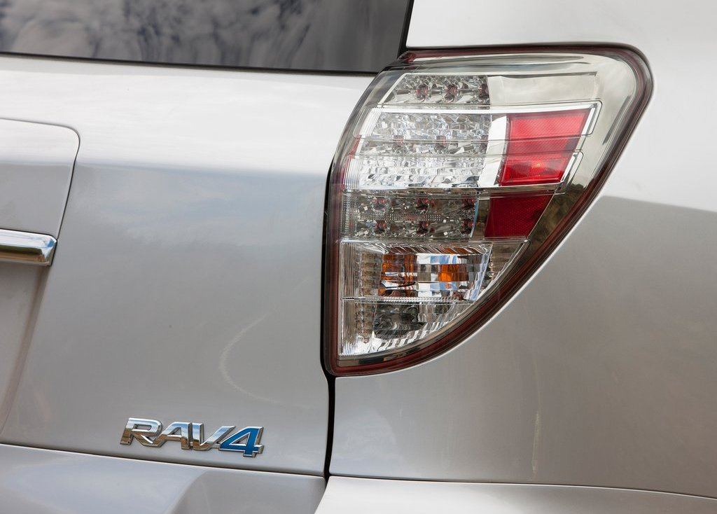 2013 Toyota RAV4 EV Tail Lamp (View 20 of 21)