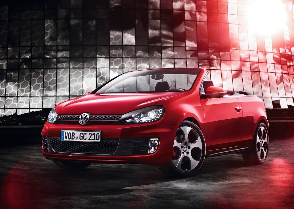 2013 Volkswagen Golf GTI Cabriolet (Photo 1 of 11)