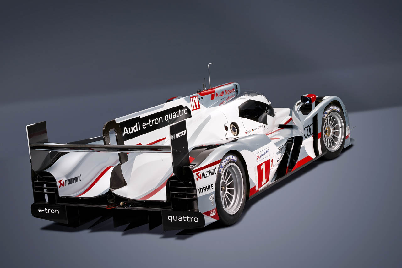 2012 Audi R18 E Tron Hybrid Quattro Rear (Photo 3 of 4)