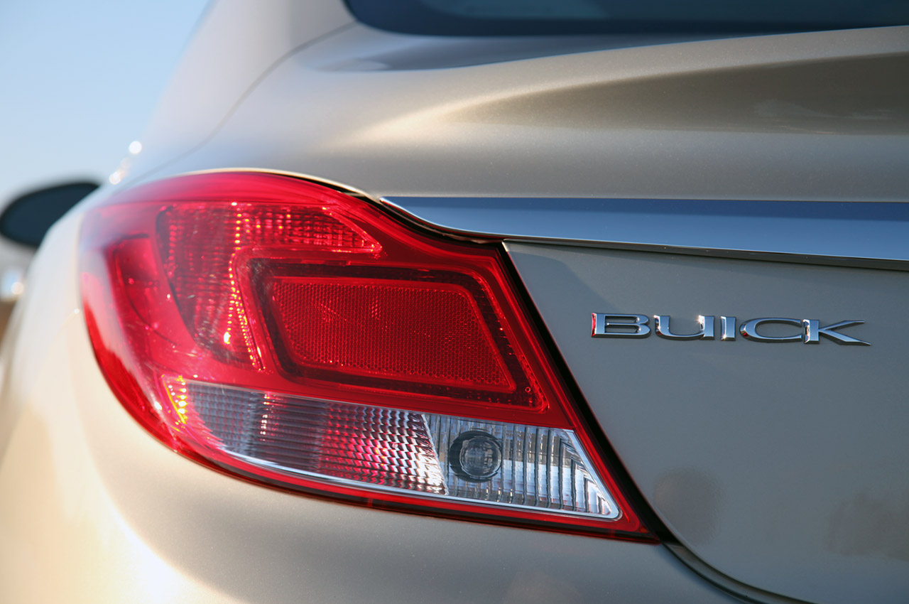2012 Buick Regal EAssist Tail Lamp (Photo 20 of 22)