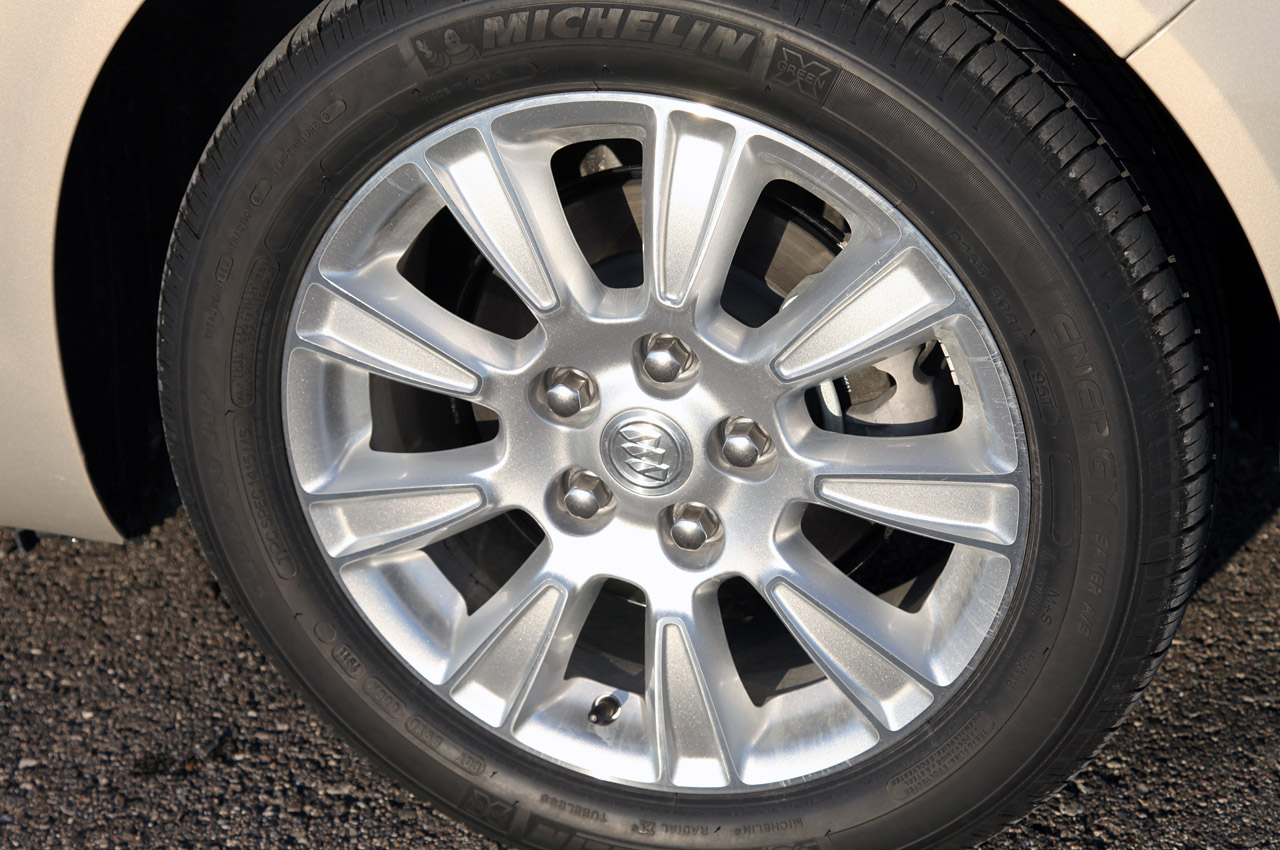 2012 Buick Regal EAssist Wheels (Photo 22 of 22)