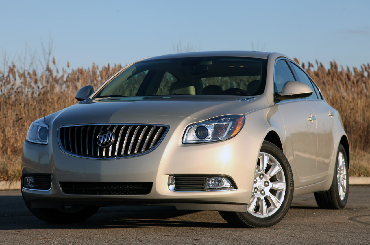 2012 Buick Regal EAssist (Photo 1 of 22)