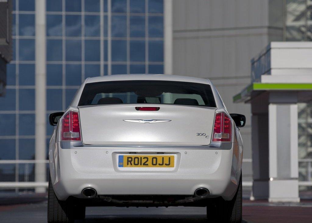 2012 Chrysler 300C Rear (Photo 17 of 24)