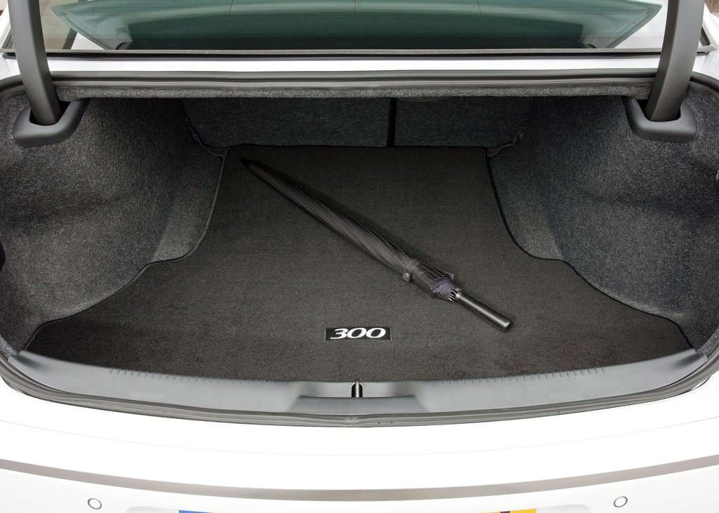 2012 Chrysler 300C Trunk (View 23 of 24)
