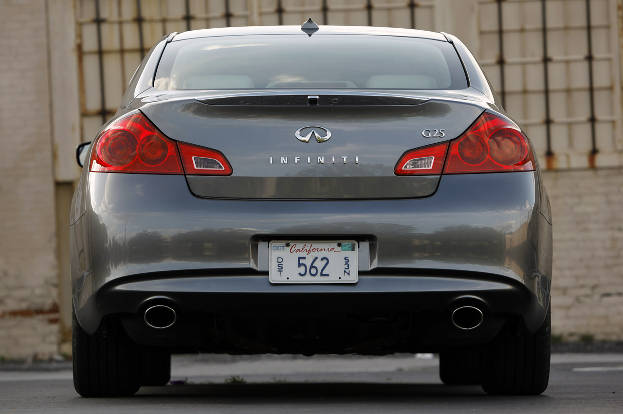 2012 Infiniti G25 Rear (View 10 of 15)