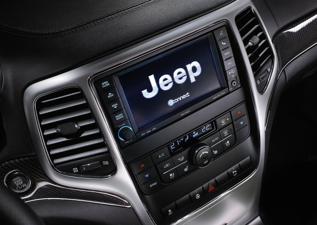 2012 Jeep Grand Cherokee SRT8 Feature (View 7 of 21)