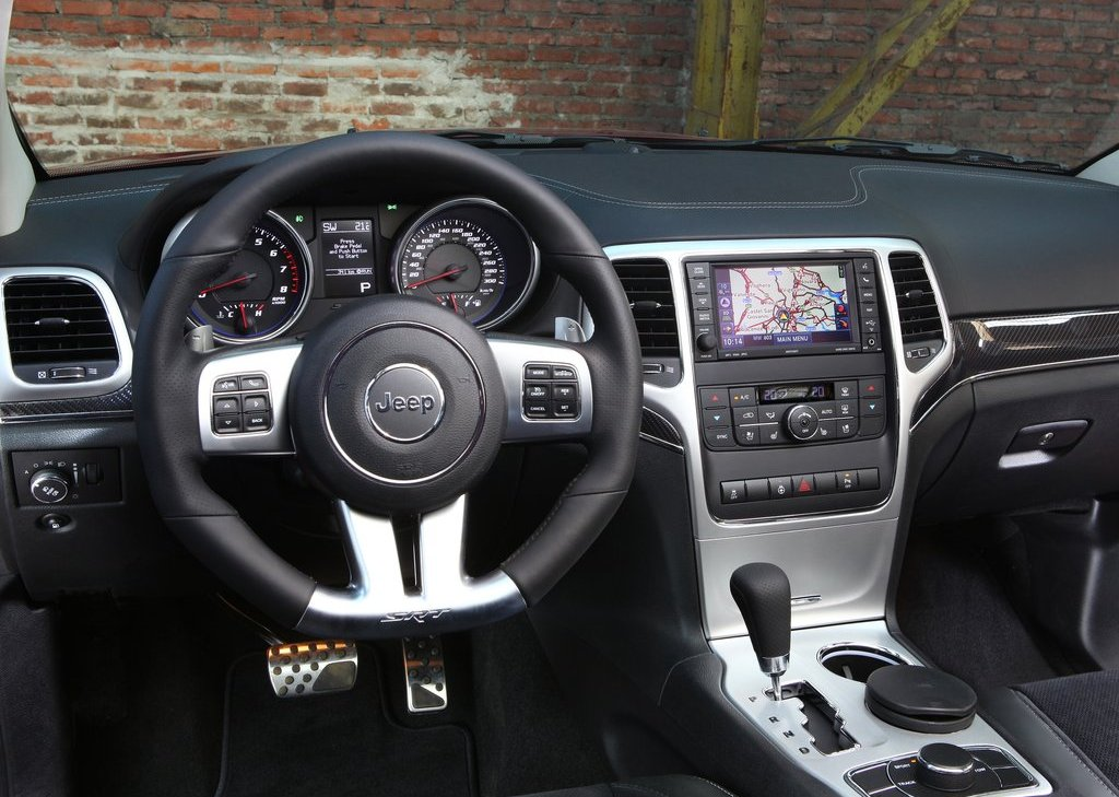 2012 Jeep Grand Cherokee SRT8 Interior (View 11 of 21)
