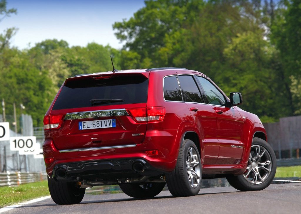 2012 Jeep Grand Cherokee SRT8 Rear Angle (View 13 of 21)