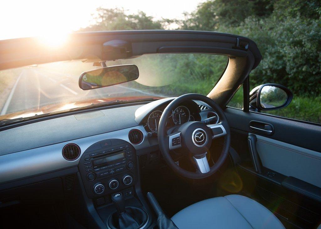 2012 Mazda MX 5 Kuro Interior (Photo 10 of 18)