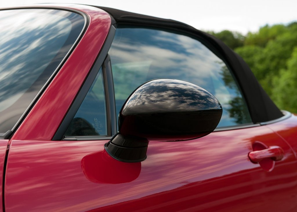 2012 Mazda MX 5 Kuro Mirror (Photo 13 of 18)