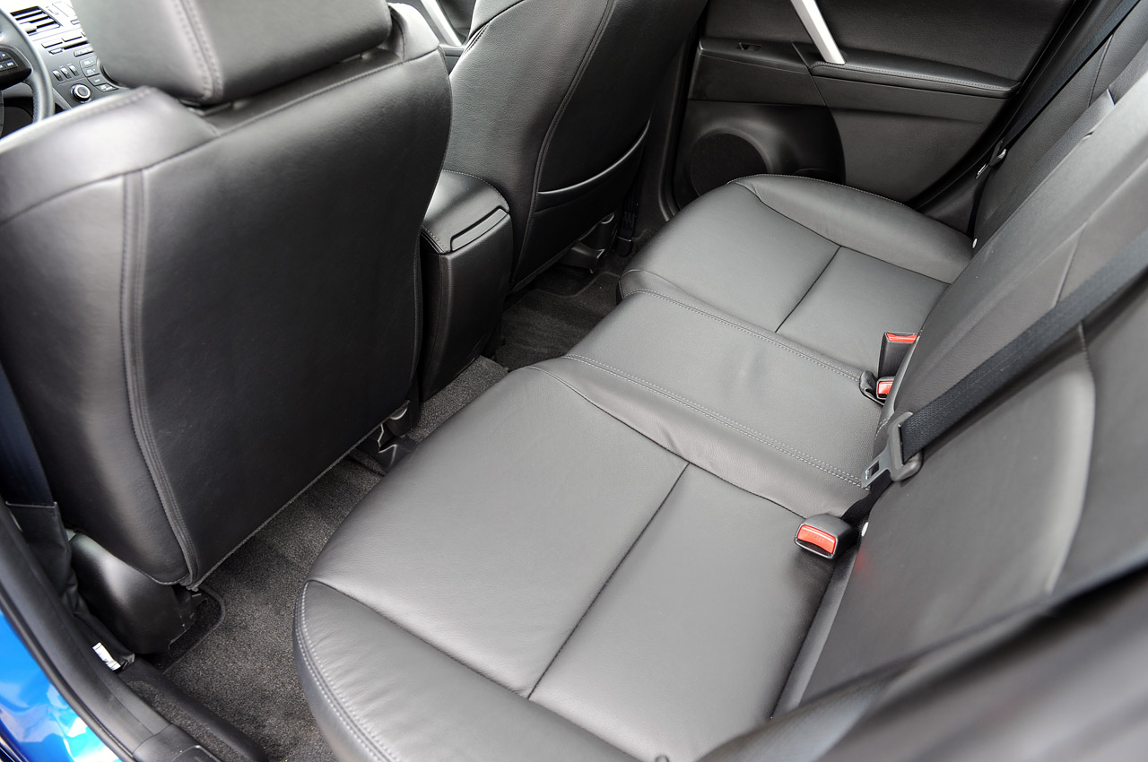 2012 Mazda3 Skyactiv Back Seat (Photo 2 of 23)