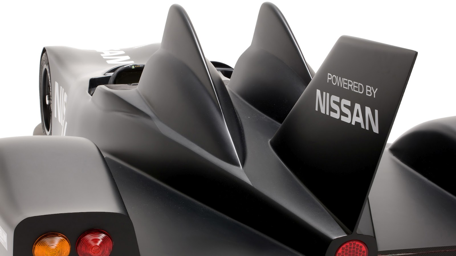 2012 Nissan Delta Wing Exterior (Photo 3 of 12)