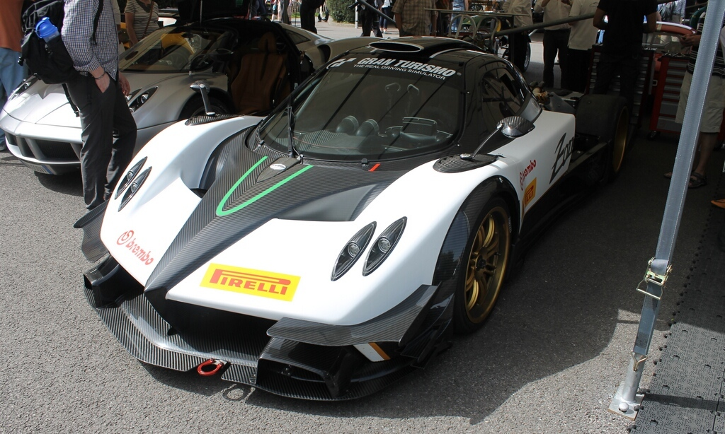 Featured Image of 2012 Pagani Zonda R Evo (Photo Update)