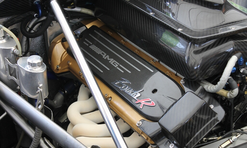 2012 Pagani Zonda R Evo Engine (Photo 7 of 20)