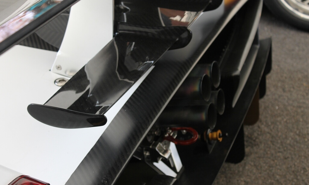 2012 Pagani Zonda R Evo Exterior (Photo 9 of 20)