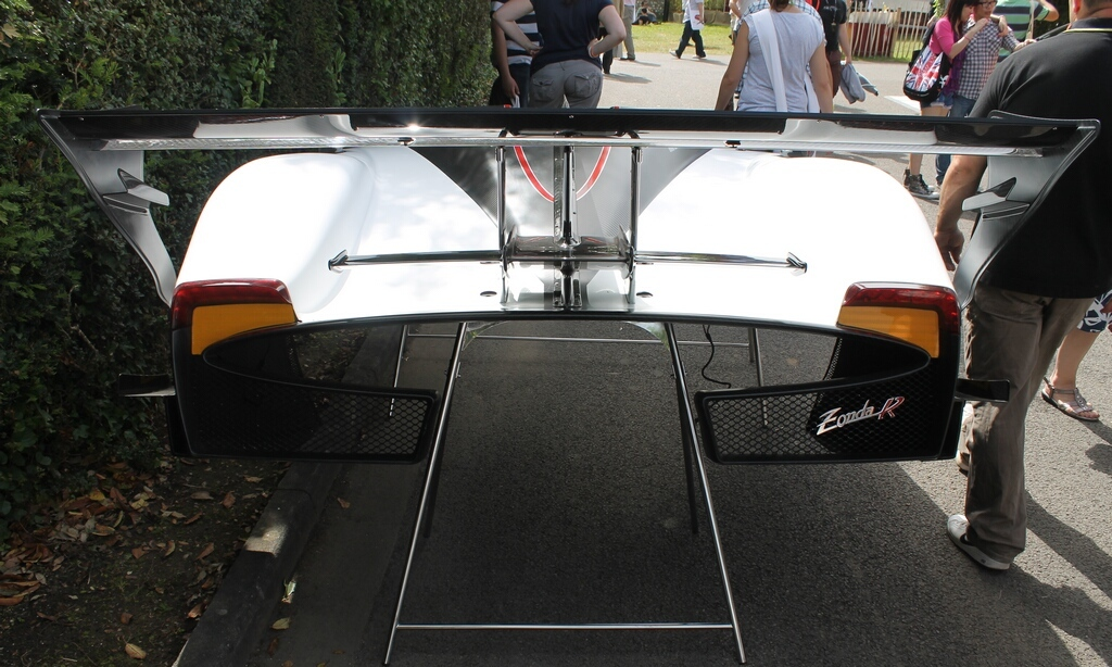 2012 Pagani Zonda R Evo Tail (Photo 17 of 20)