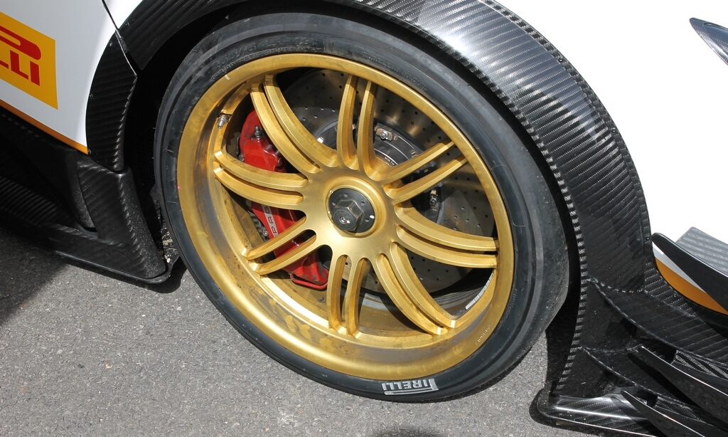 2012 Pagani Zonda R Evo Wheels (Photo 20 of 20)