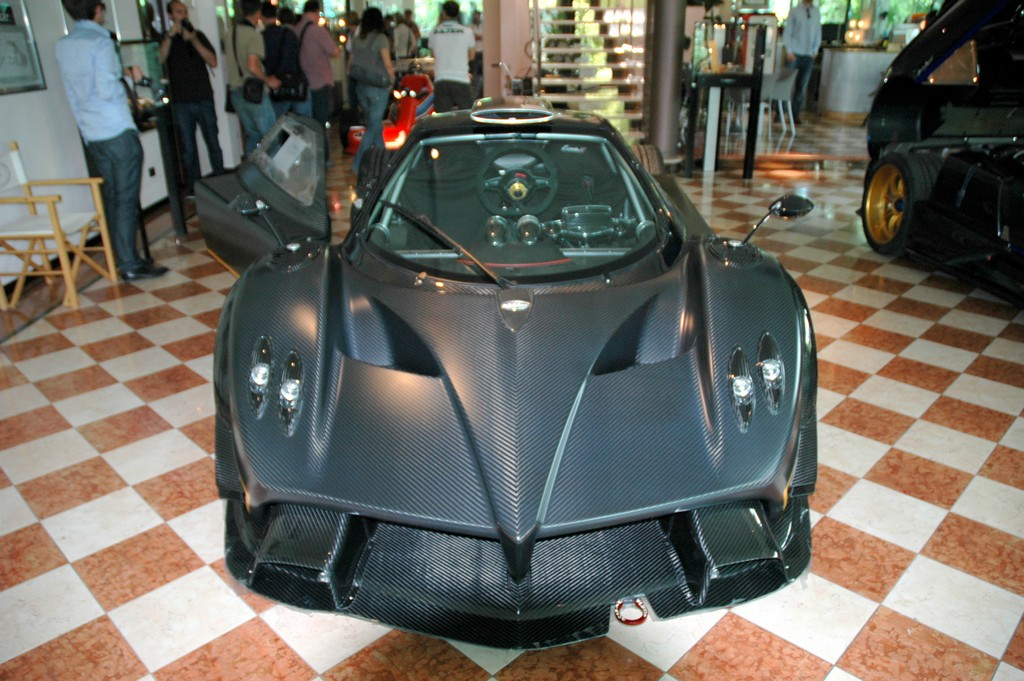 Featured Image of 2012 Pagani Zonda R Evo At Festival Of Speed