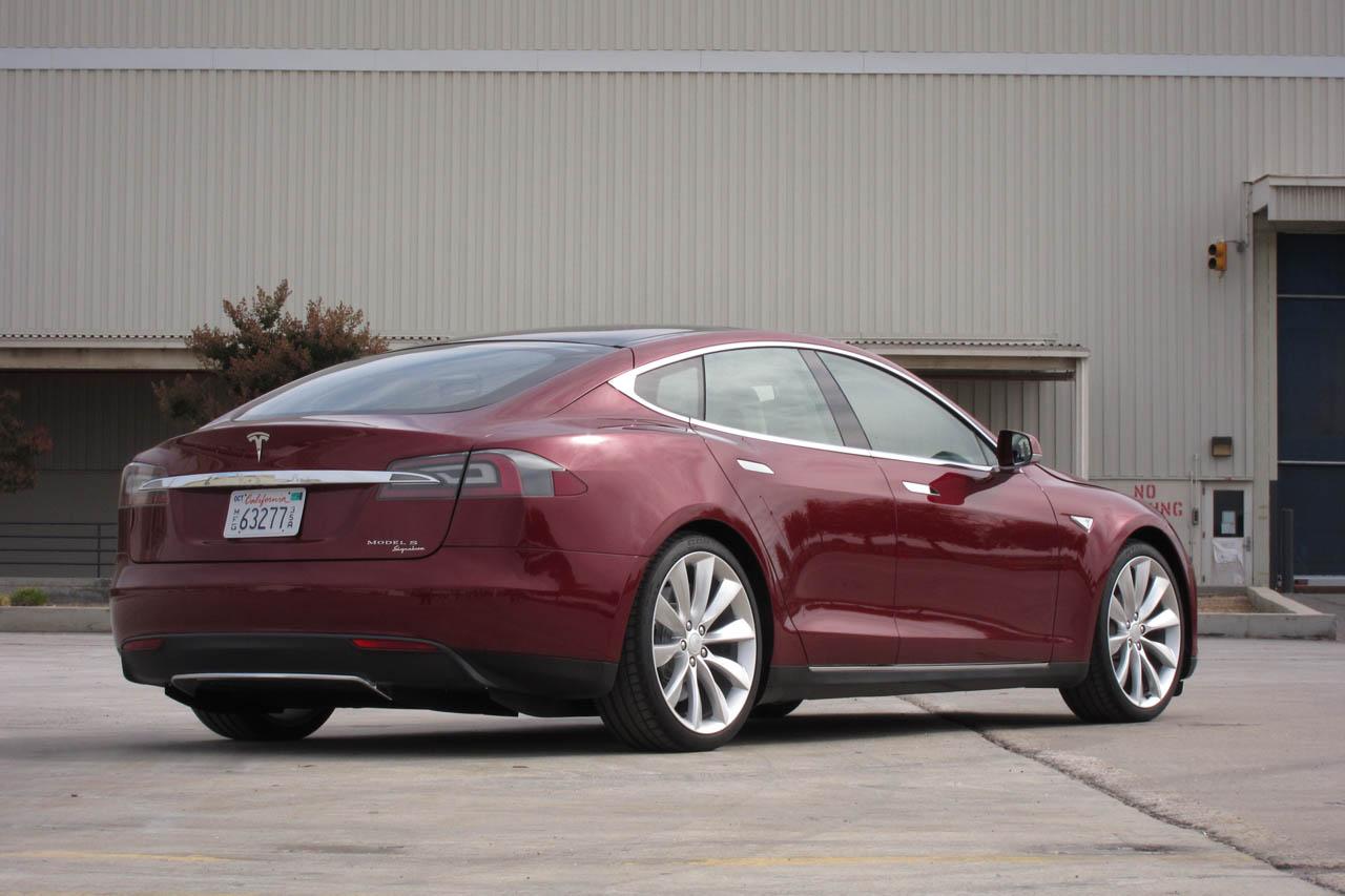 2012 Tesla Model S Rear Angle (Photo 10 of 15)