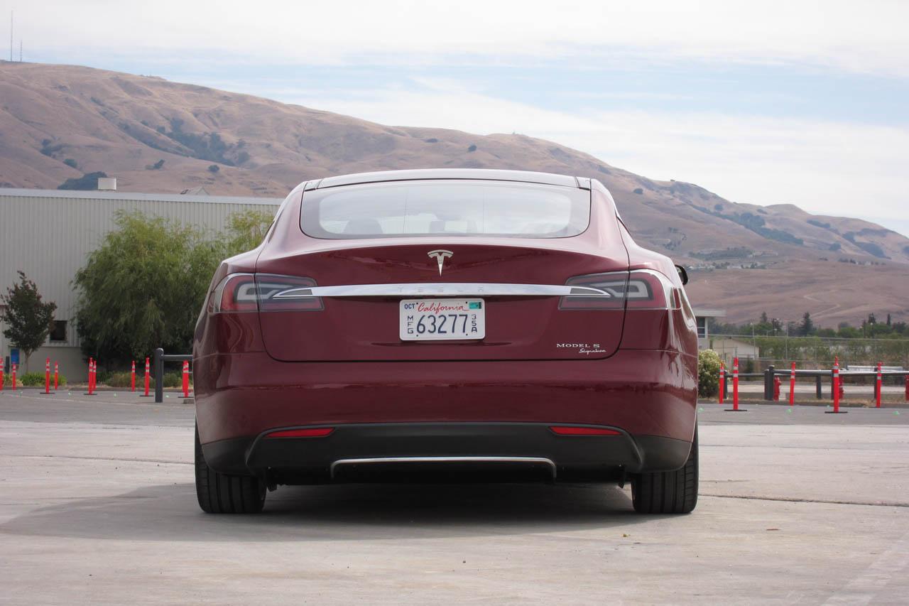 2012 Tesla Model S Rear (Photo 9 of 15)