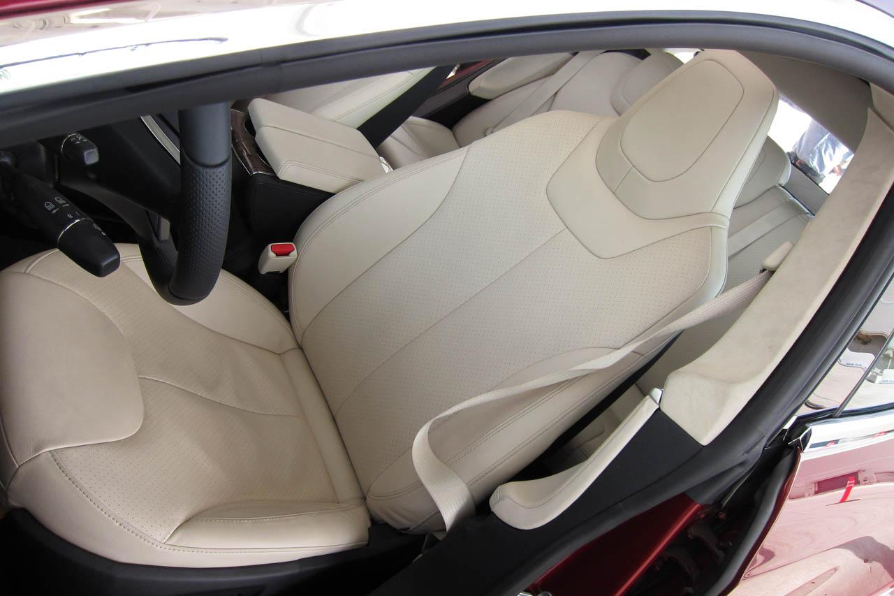 2012 Tesla Model S Seat (Photo 12 of 15)