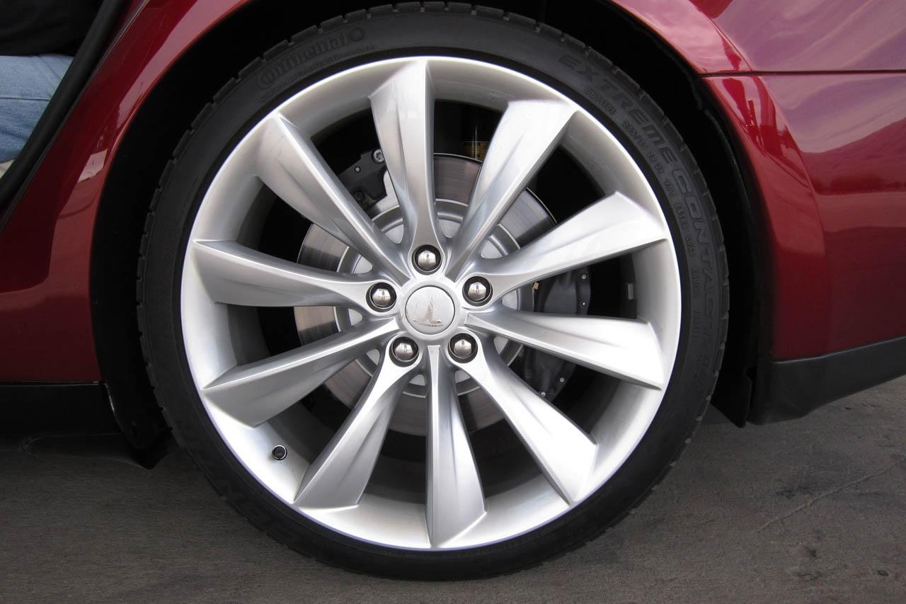 2012 Tesla Model S Wheels (Photo 15 of 15)