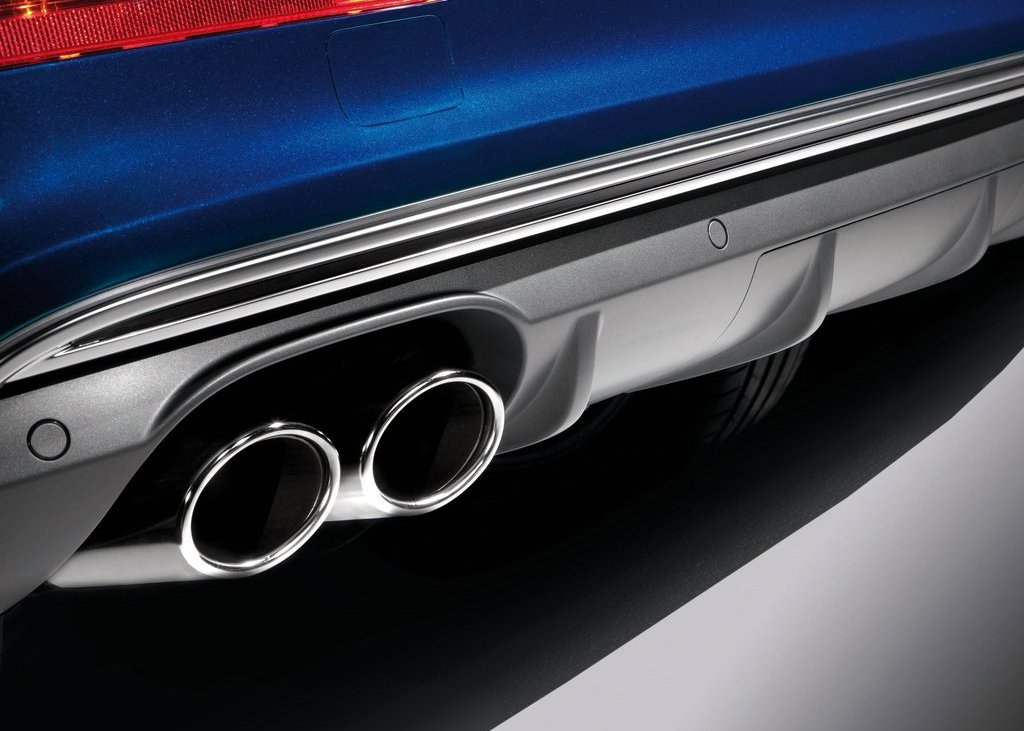 2013 Audi SQ5 TDI Exhaust (Photo 5 of 13)
