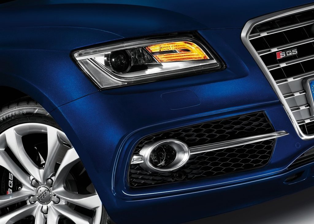 2013 Audi SQ5 TDI Lamps (Photo 9 of 13)