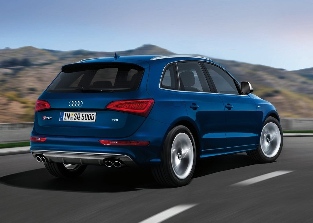 2013 Audi SQ5 TDI Rear Angle (Photo 11 of 13)