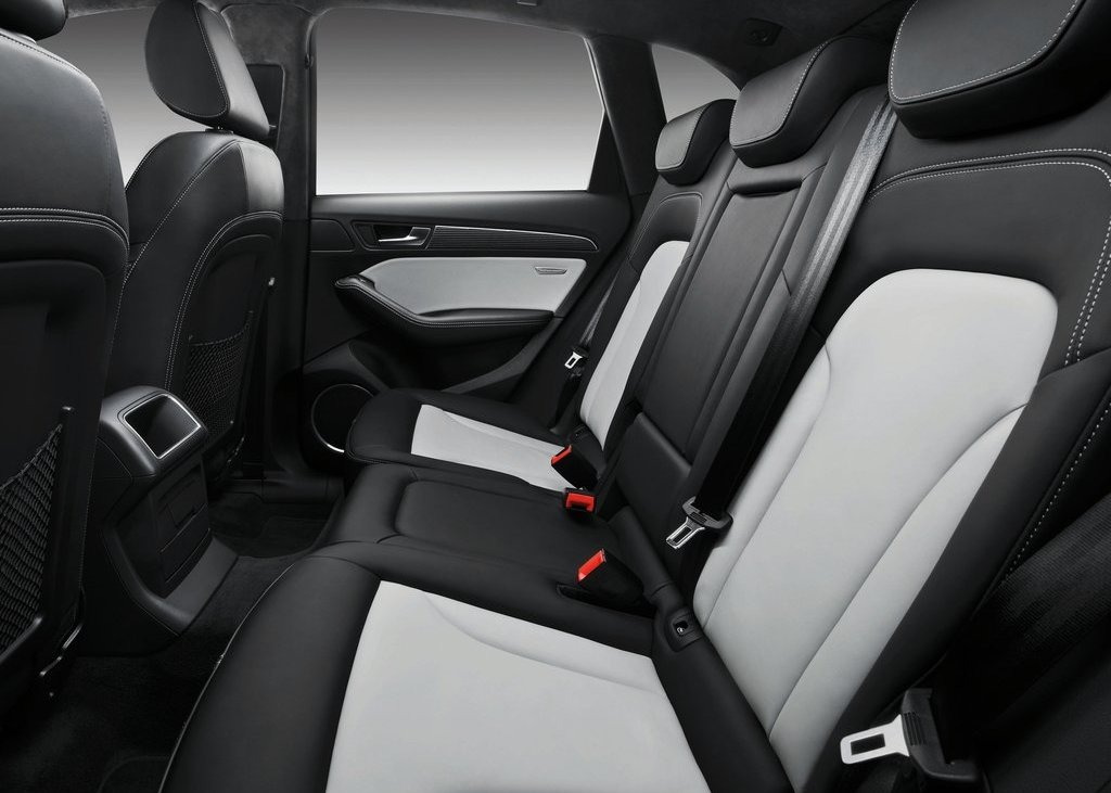 2013 Audi SQ5 TDI Seat (Photo 12 of 13)
