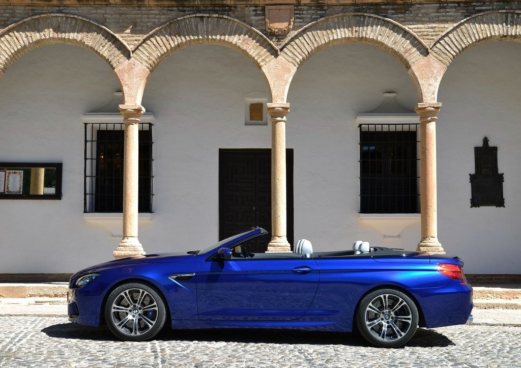 2013 BMW M6 Convertible Left Side (Photo 15 of 25)