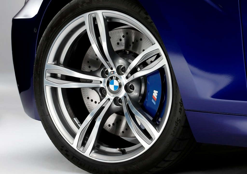 2013 BMW M6 Convertible Wheels (Photo 25 of 25)
