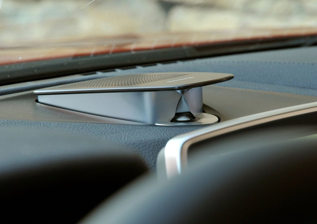 2013 BMW M6 Coupe Dashboard (View 2 of 23)