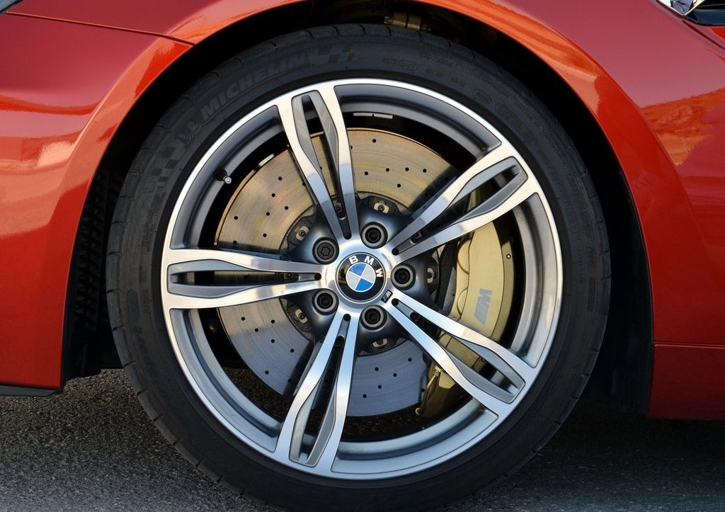 2013 BMW M6 Coupe Wheels (Photo 23 of 23)