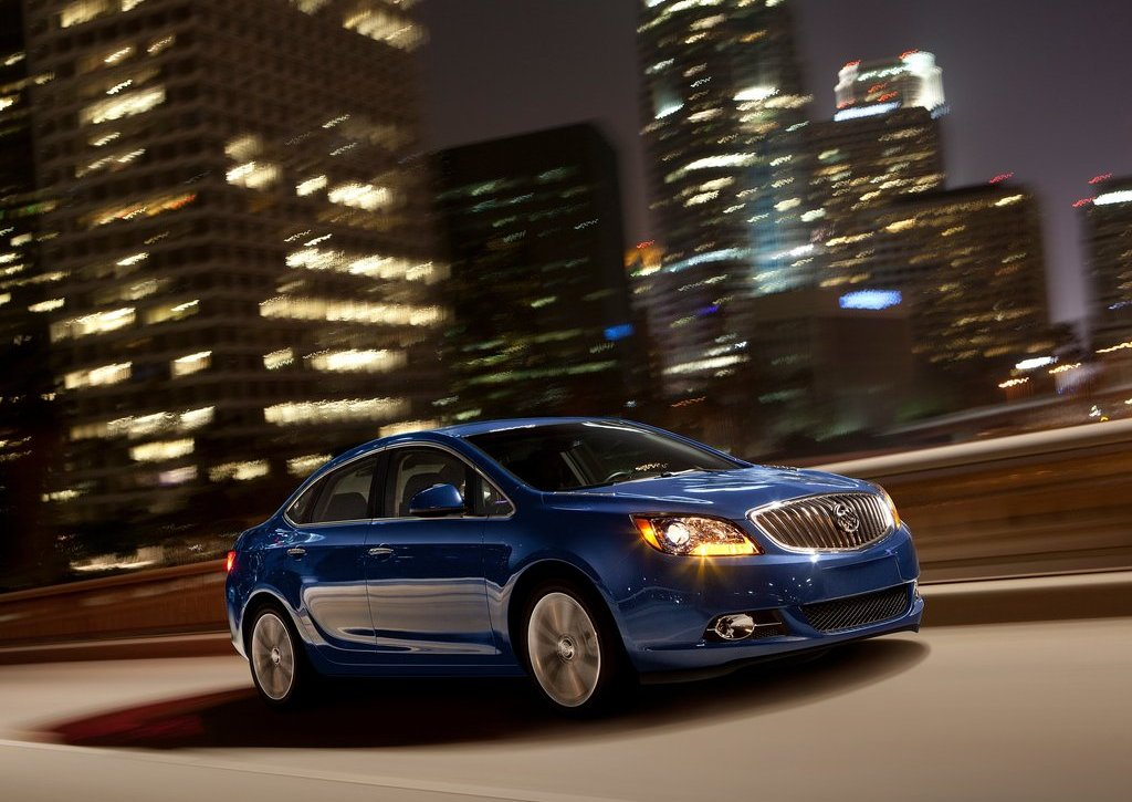 2013 Buick Verano Turbo (Photo 1 of 10)