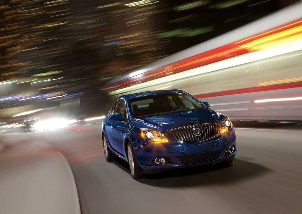 Featured Image of 2013 Buick Verano Turbo Engine Offers 250 Horse Power