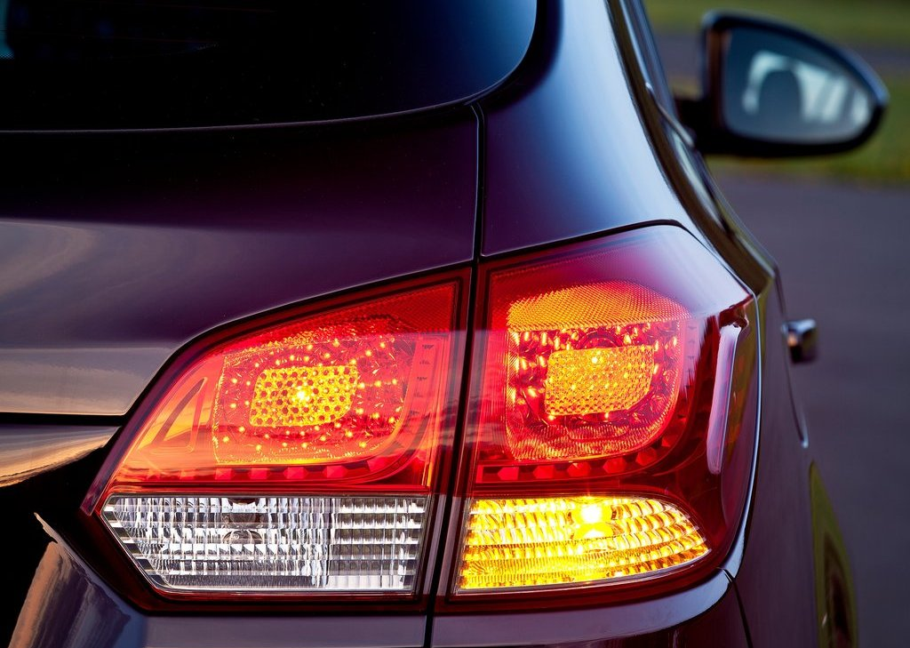 2013 Chevrolet Cruze Station Wagon Tail Lamp (View 21 of 24)