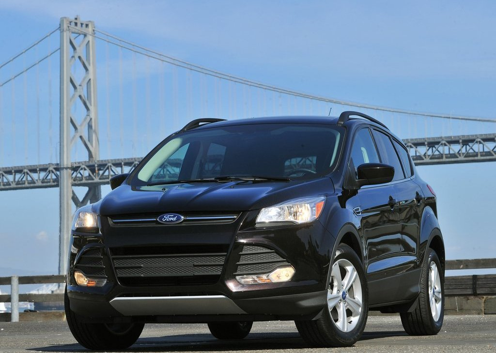 2013 Ford Escape (View 2 of 31)