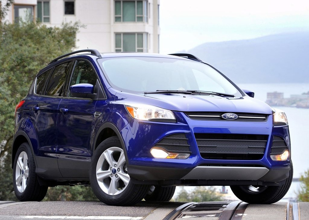2013 Ford Escape (Photo 4 of 31)