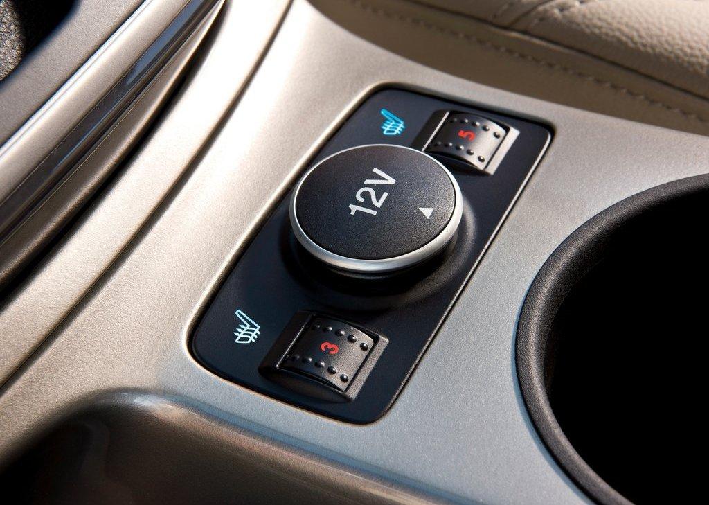 2013 Ford Escape Interior (View 16 of 31)