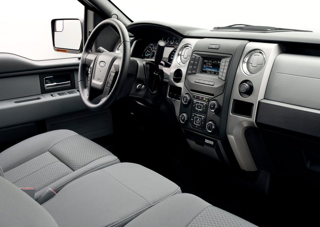 2013 Ford F 150 Interior (Photo 12 of 16)